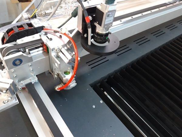 laser cutter - engraver